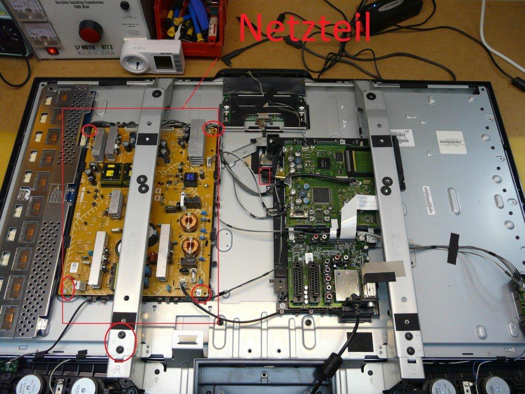 1 Sony KDL40U2530 (2)