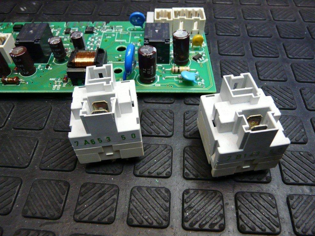 AKO 725725-00 Elux X32424470 Defekt, keine Funktion (12)