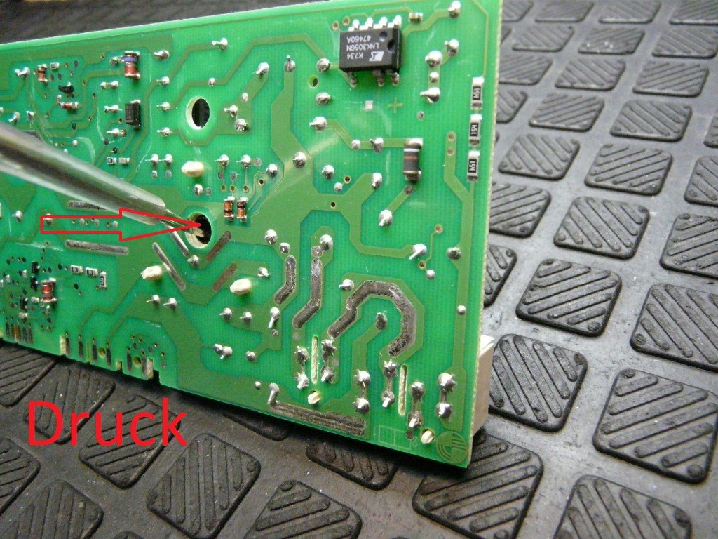 AKO 725725-00 Elux X32424470 Defekt, keine Funktion (7)