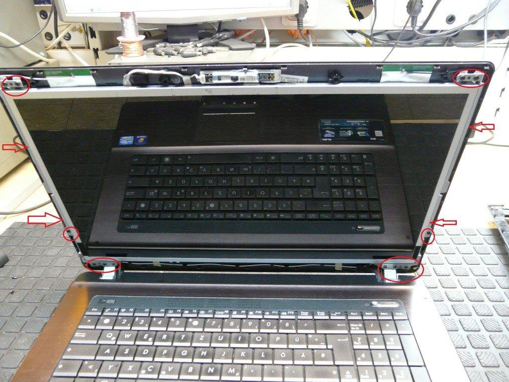 ASUS X73E Display Defekt Display Tauschen (6)