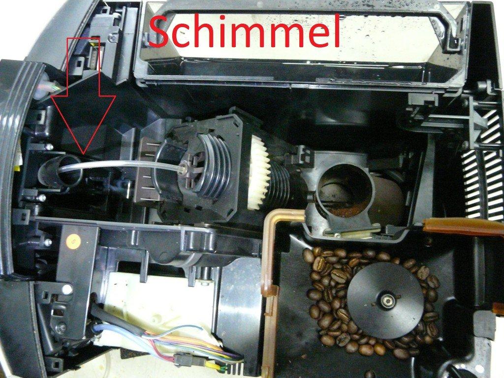 Jura F50, Membranenregler verliert Wasser, Schimmel Kaffeeauslauf (5)