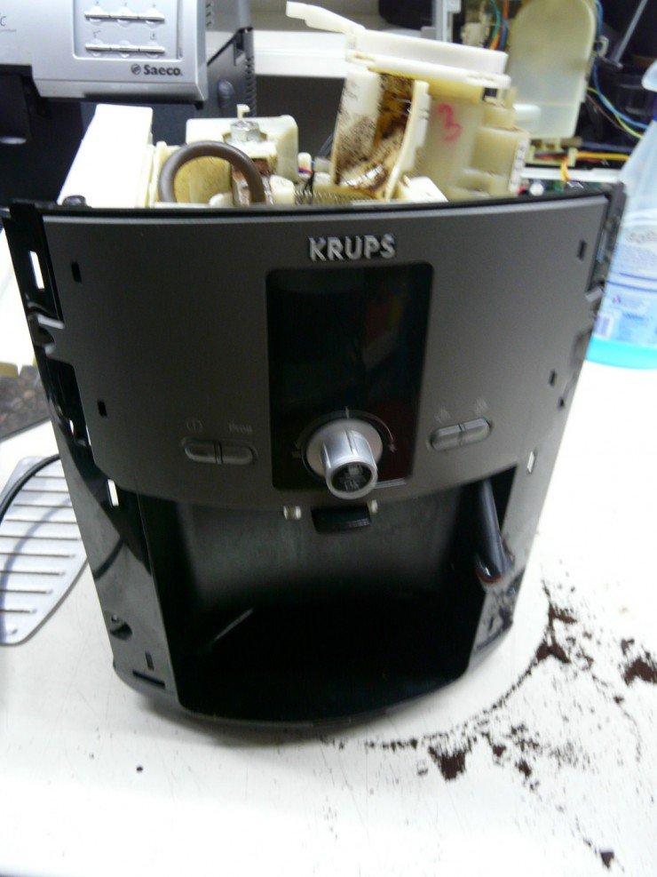 Krups EA8050 Mahlwerk Defekt – Leon´s Blog