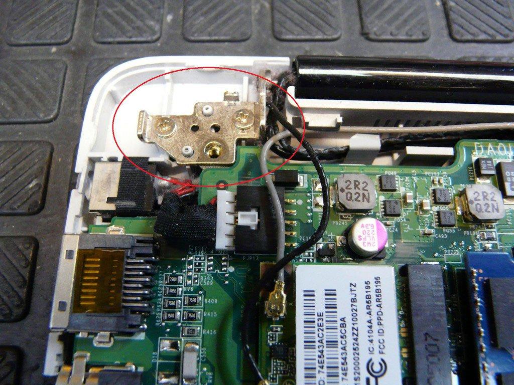 Lenovo IdeaPad U410 (4)