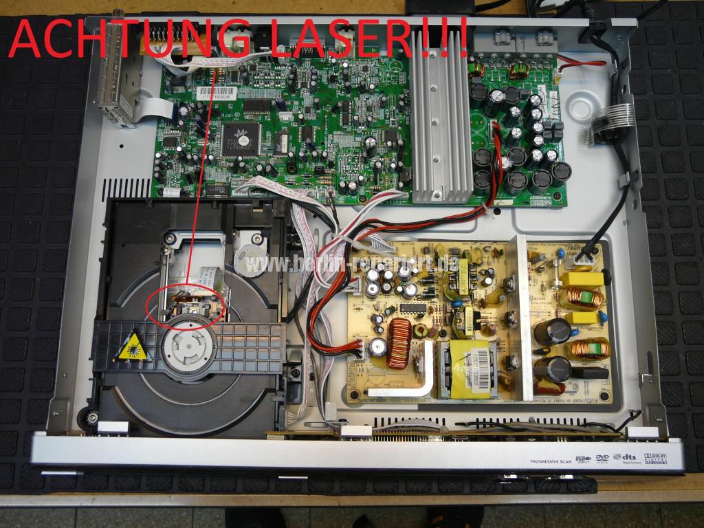 Philips HTS3357, DVD CD springt (2)