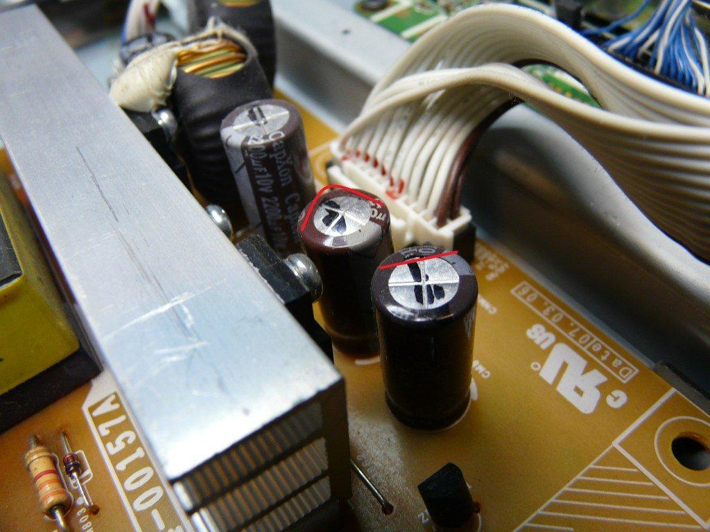 Samsung LE37M87 geht schwer an, kondensatoren defekt (5)