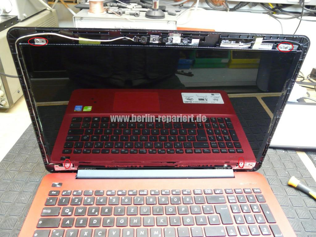 ASUS R556LD, Display Defekt (8)