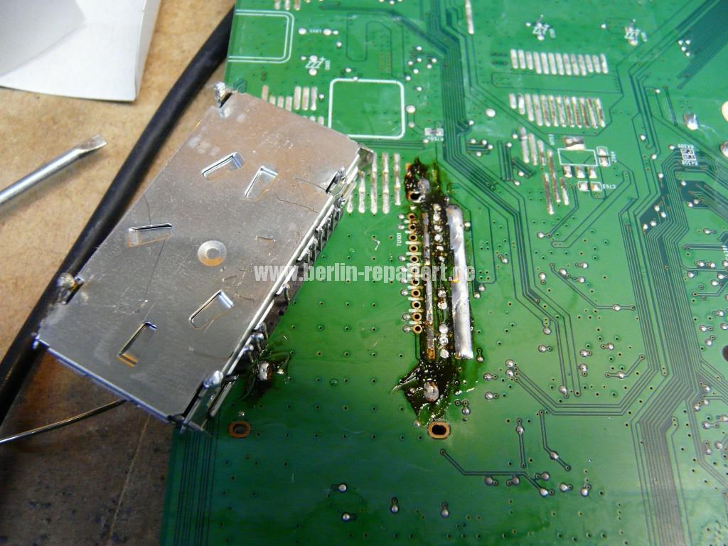 Philips 32PFL4606H, kein Bild, Tuner Defekt (5)