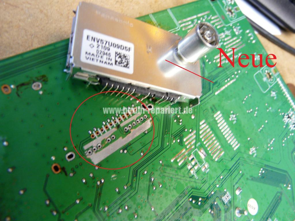 Philips 32PFL4606H, kein Bild, Tuner Defekt (6)