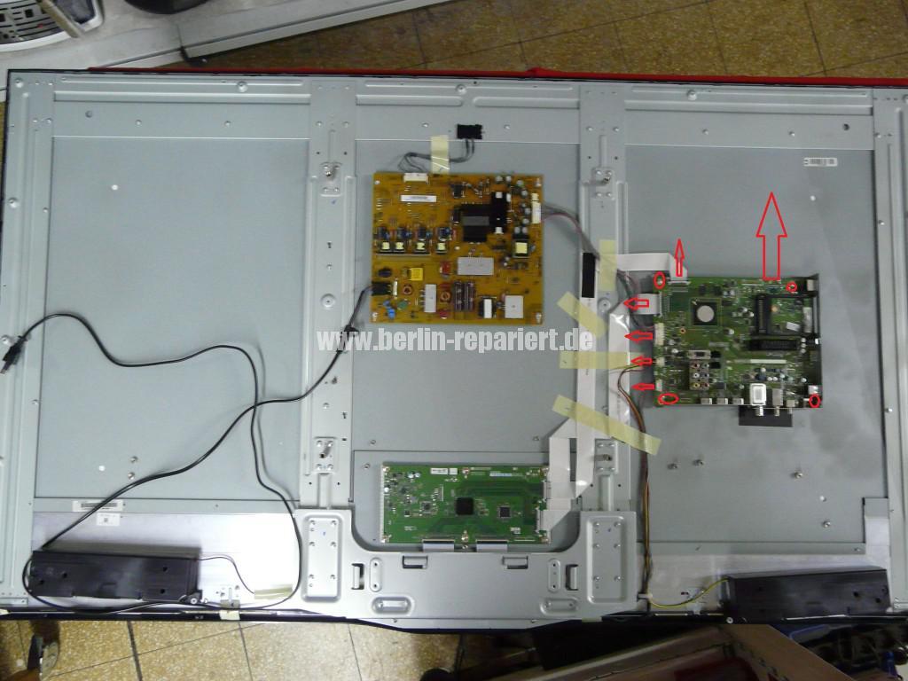 Sharp LC-60LE652, Steuer Board DUNTKG135FM11 Defekt (2)
