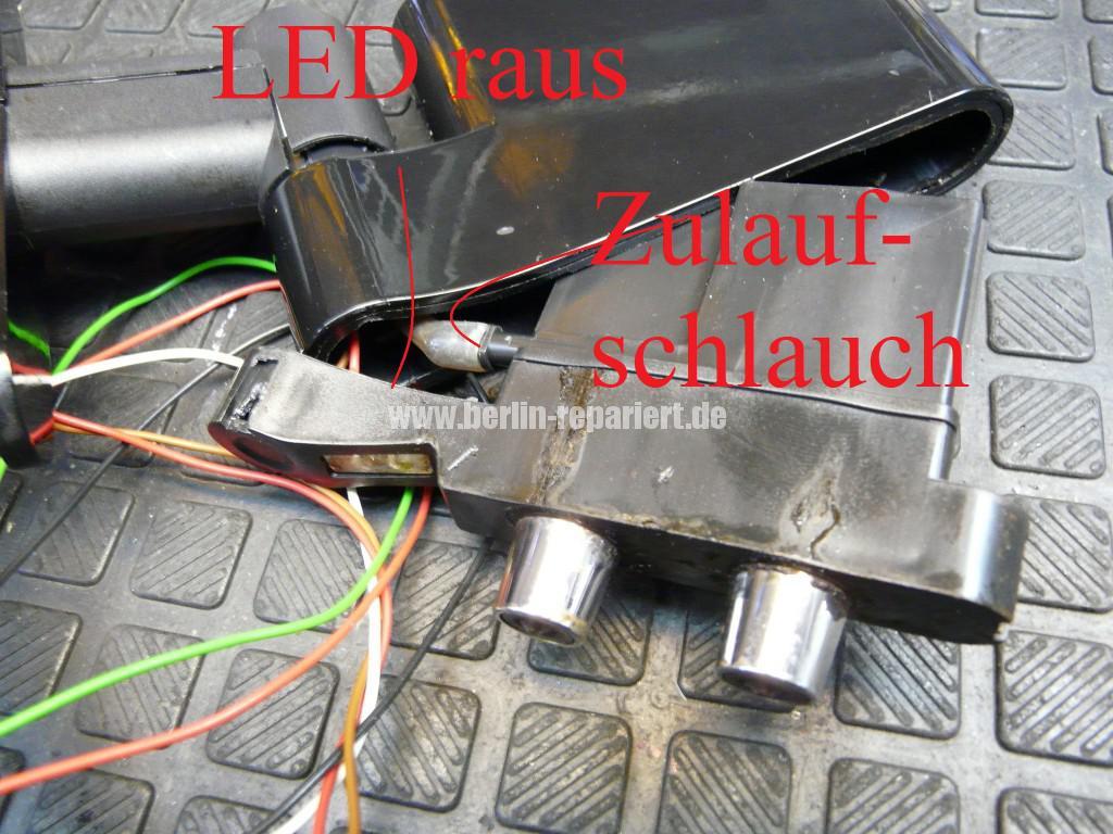 Siemens EQ7, Kaffeeauslauf, Zufuhrschlauch (3)