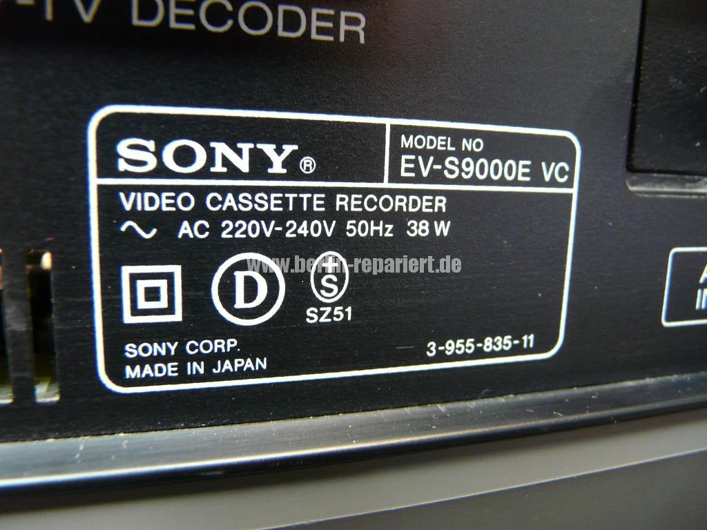 Sony EV-S9000E, Reinigen (11)