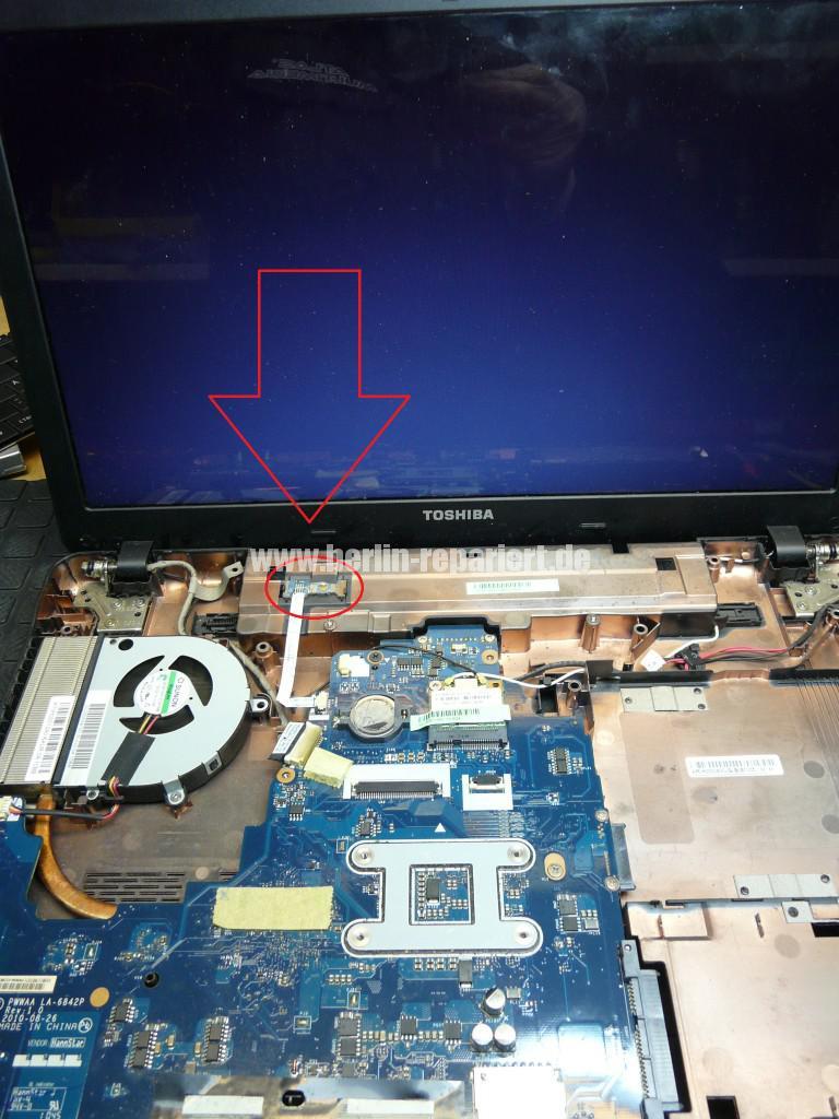Toshiba Satellite C660, geht nicht an (6)