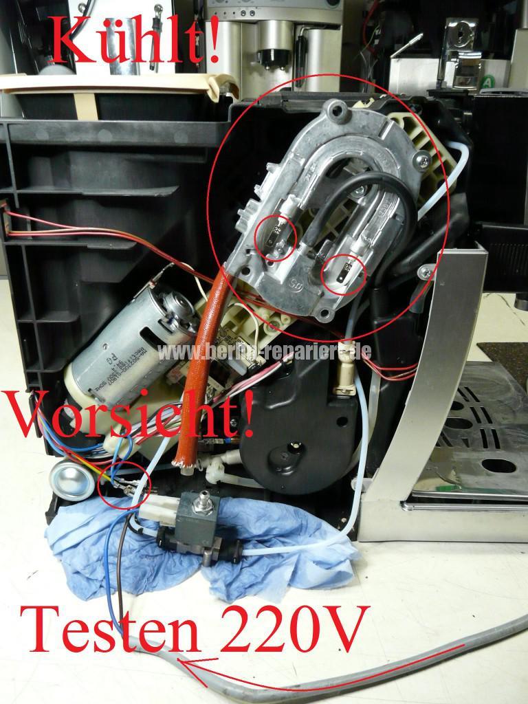 Delonghi ECAM23.450, Maschine spült nicht mehr, kein Heißwasser (1)