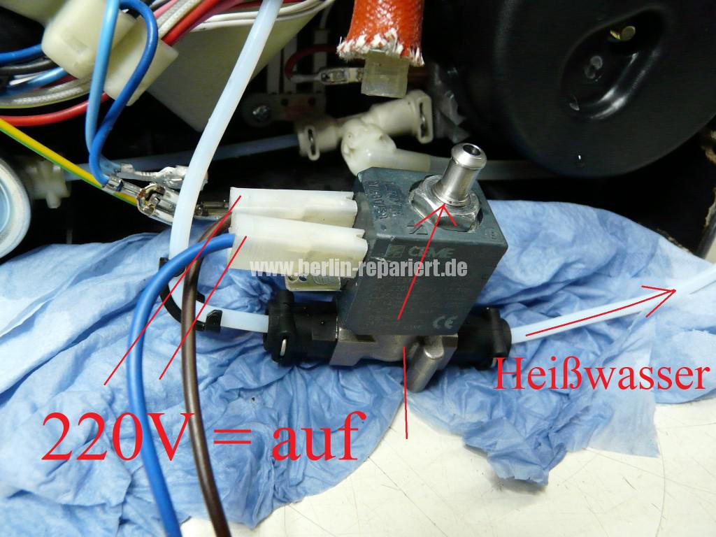 Delonghi ECAM23.450, Maschine spült nicht mehr, kein Heißwasser (2)