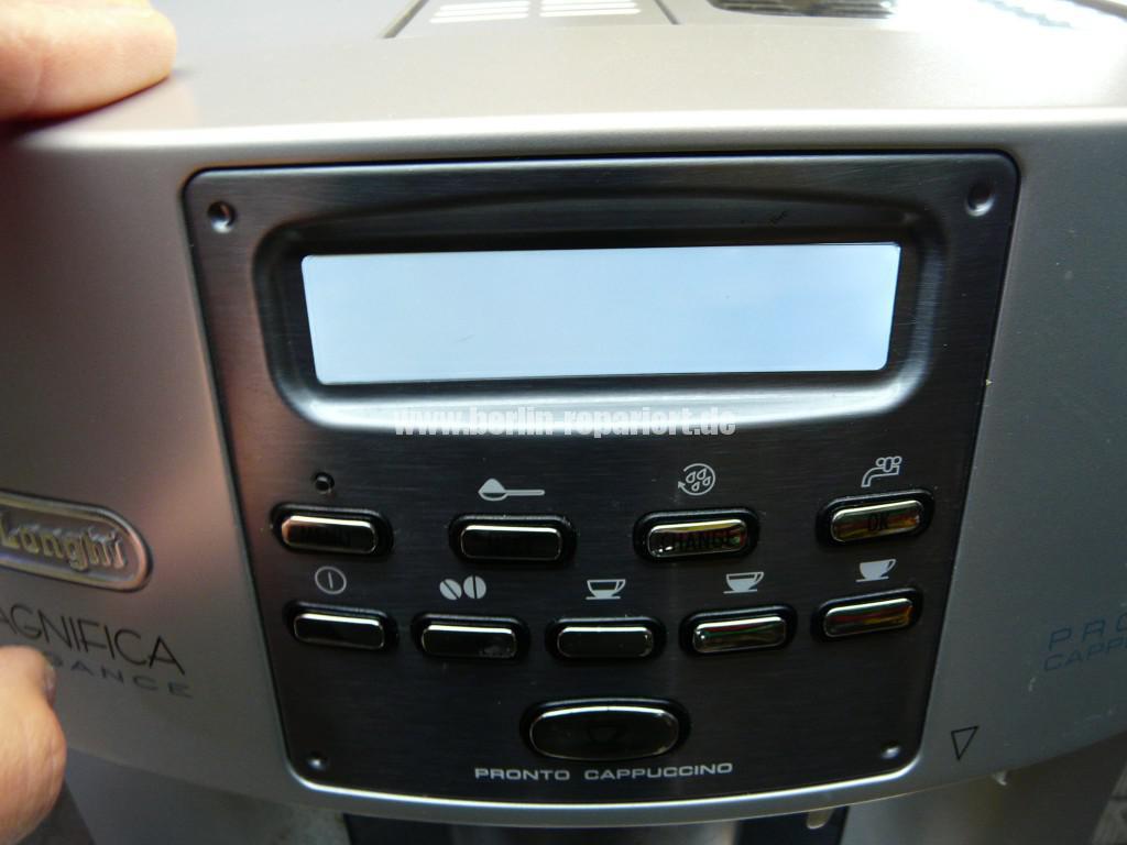 Delonghi Magnifica ESAM3600.S, Display Defekt (2)