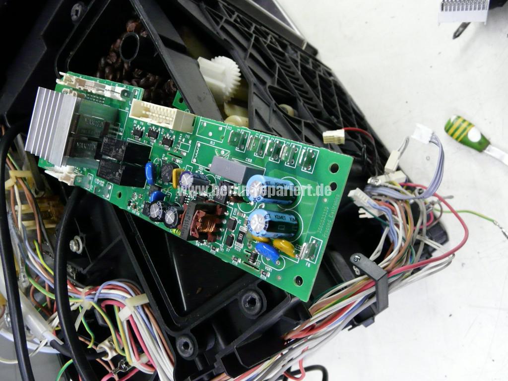 Delonghi Perfekta, Pumpt nicht mehr, Elektronik Problem, Thyristor Defekt (2)