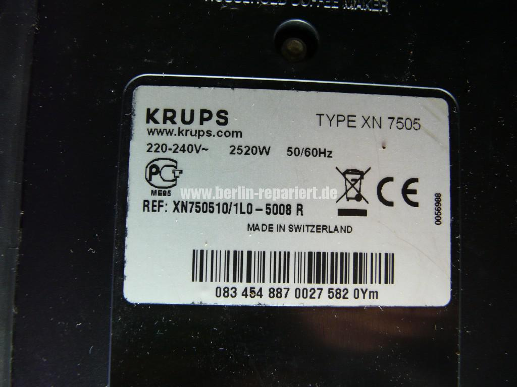 Krups Nespresso XN7505, Kapseln Afnahme Defekt (6)