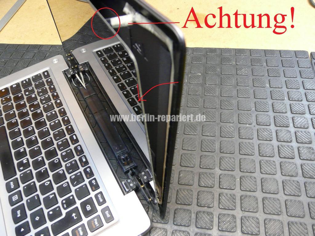 Lenovo Ideapad U310, Display Defekt, Scharniere Defekt (12)