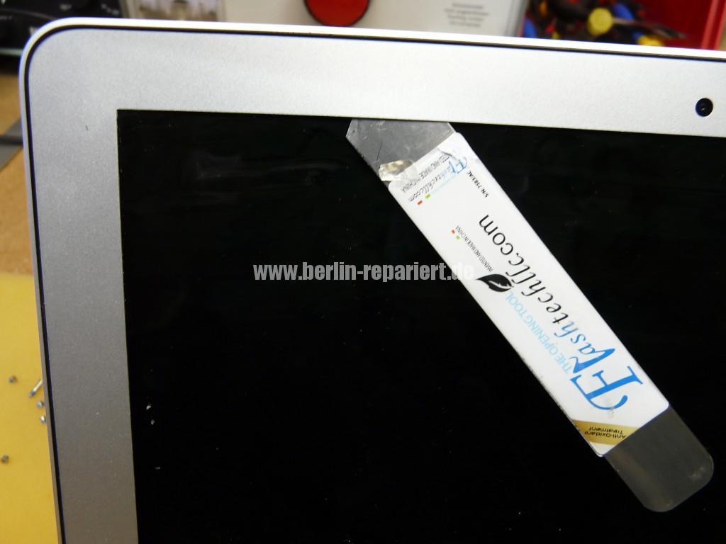 MacBook Air A1465, Display Defekt (24)