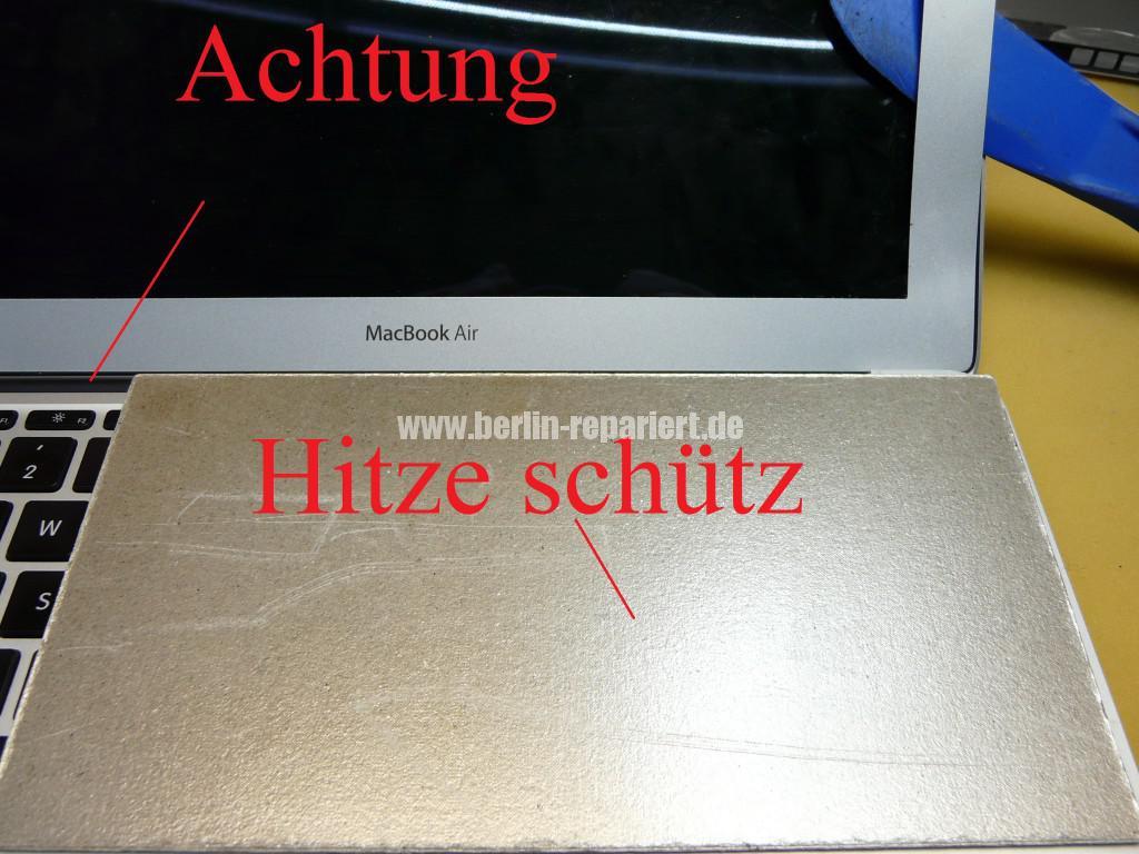 MacBook Air A1465, Display Defekt (27)