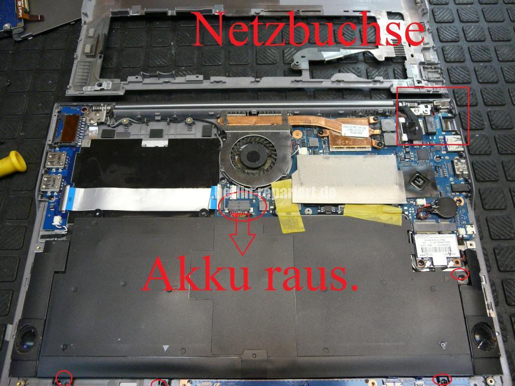 Samsung NP535U, Netzbuchse Defekt, Netzbuchse tauschen (5)