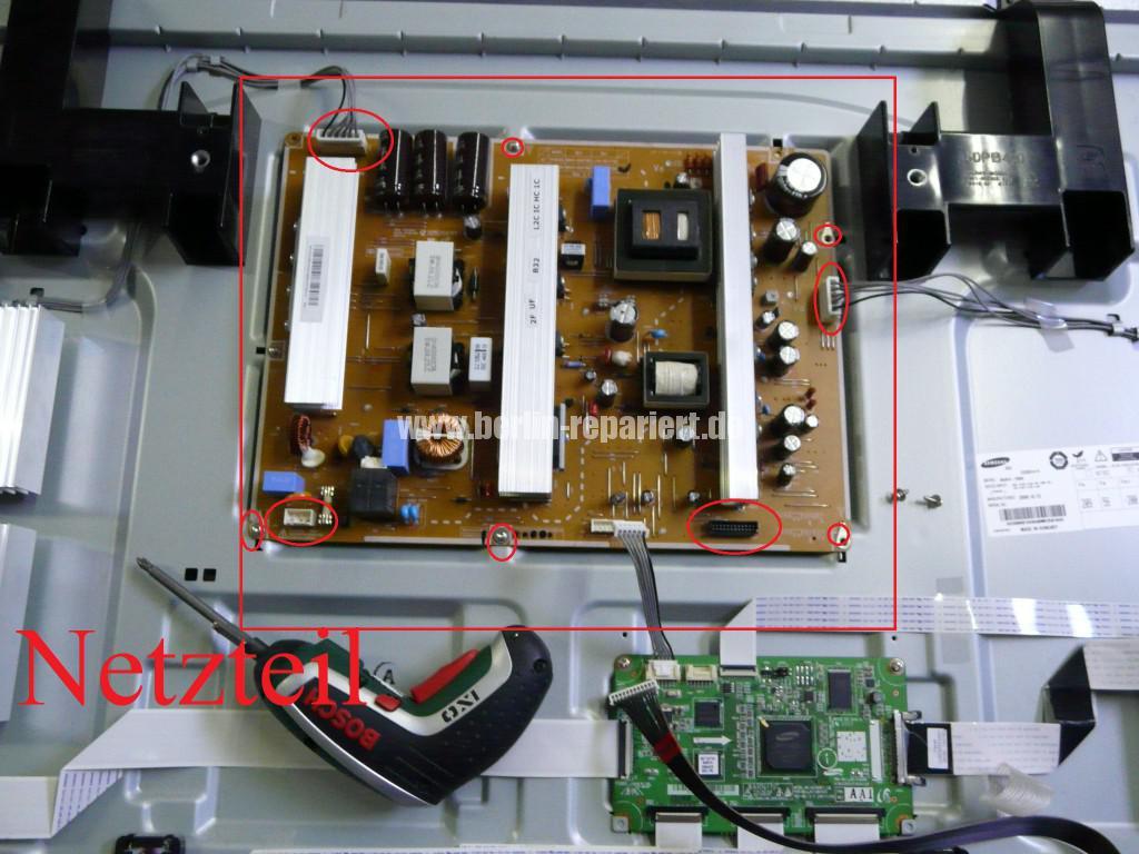 Samsung PS50B530S2, Klickt, keine Funktion (4)