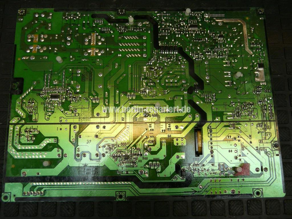 Samsung PS50B530S2, Klickt, keine Funktion (6)