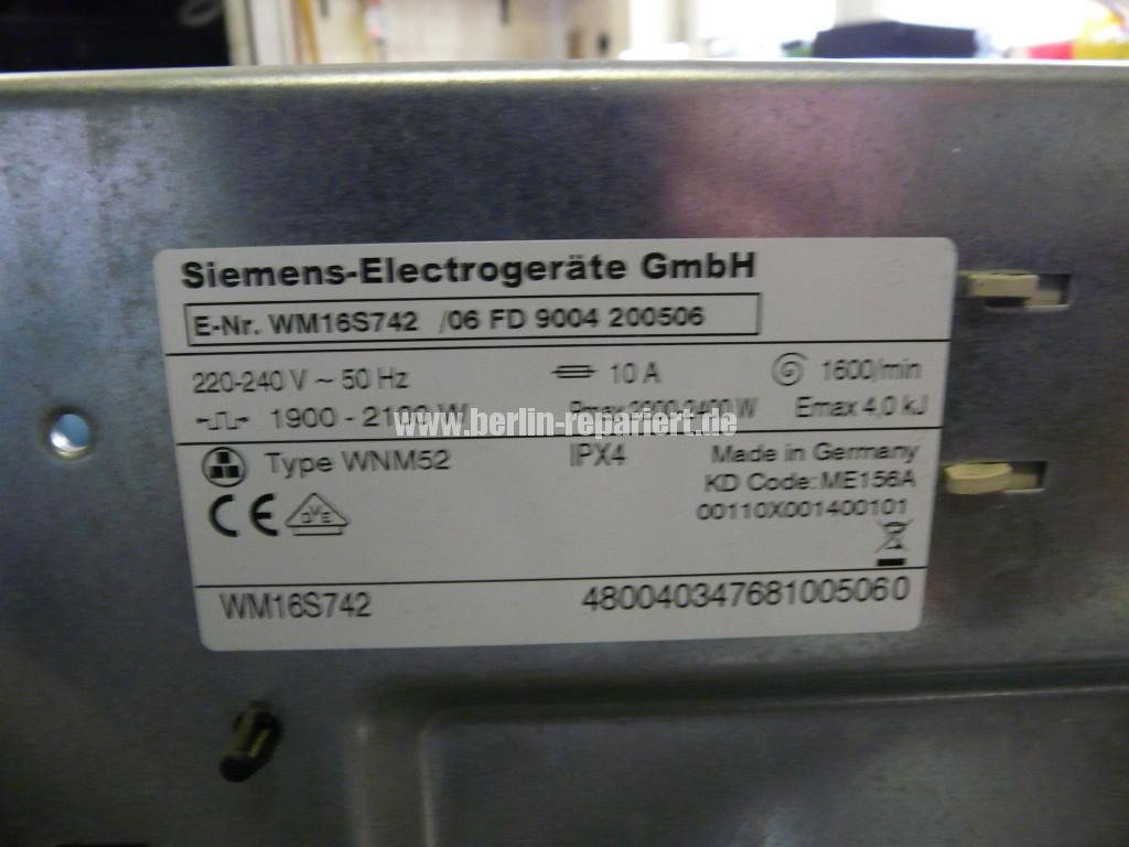 Siemens S16-74 WM16S742 F57, Fehler 57, Motor Elektronik Defekt (4)