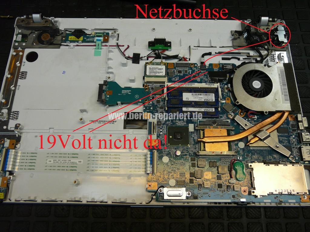 Sony VPCEC4L1E mit Hama 12192, Netzbuchse Defekt (3)