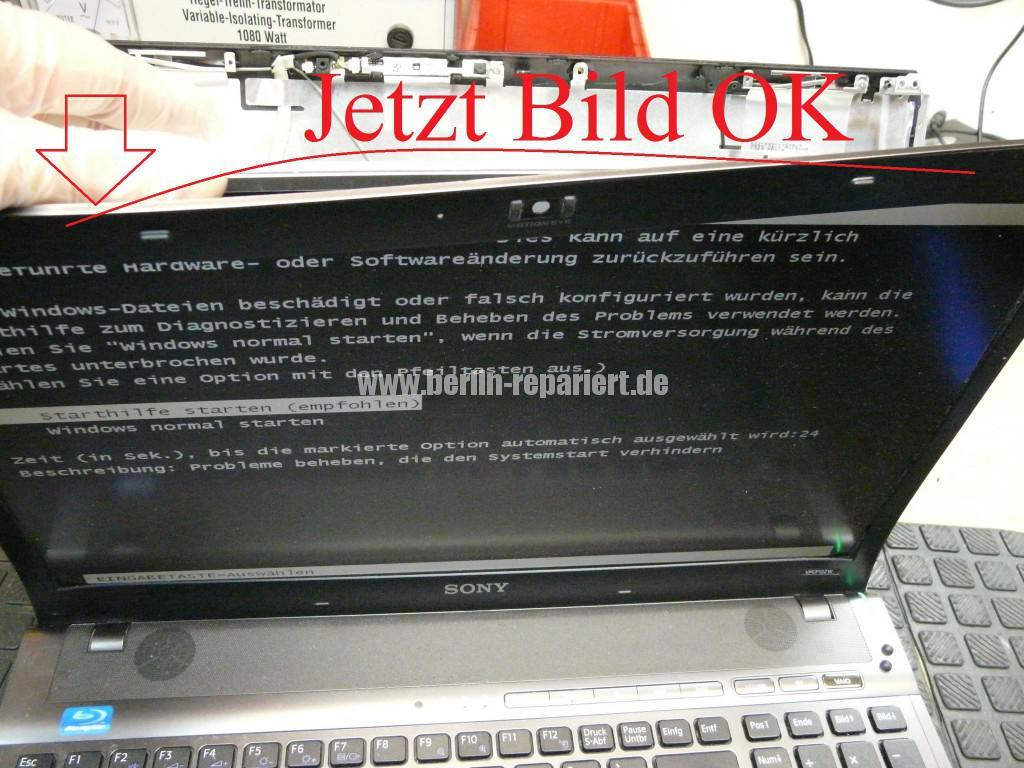Sony Vaio VPCF12Z1E, Display Defekt (6)