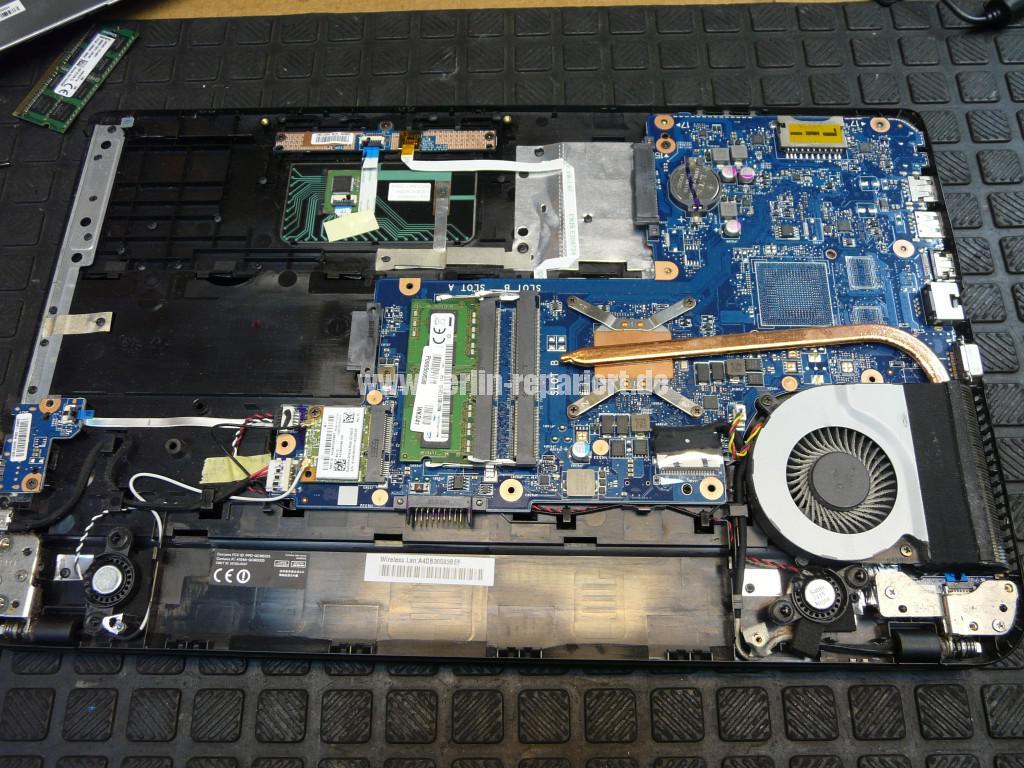 Toshiba C50D, kein Bild, CMOS Batterie, Lüfter Reinigen (6)