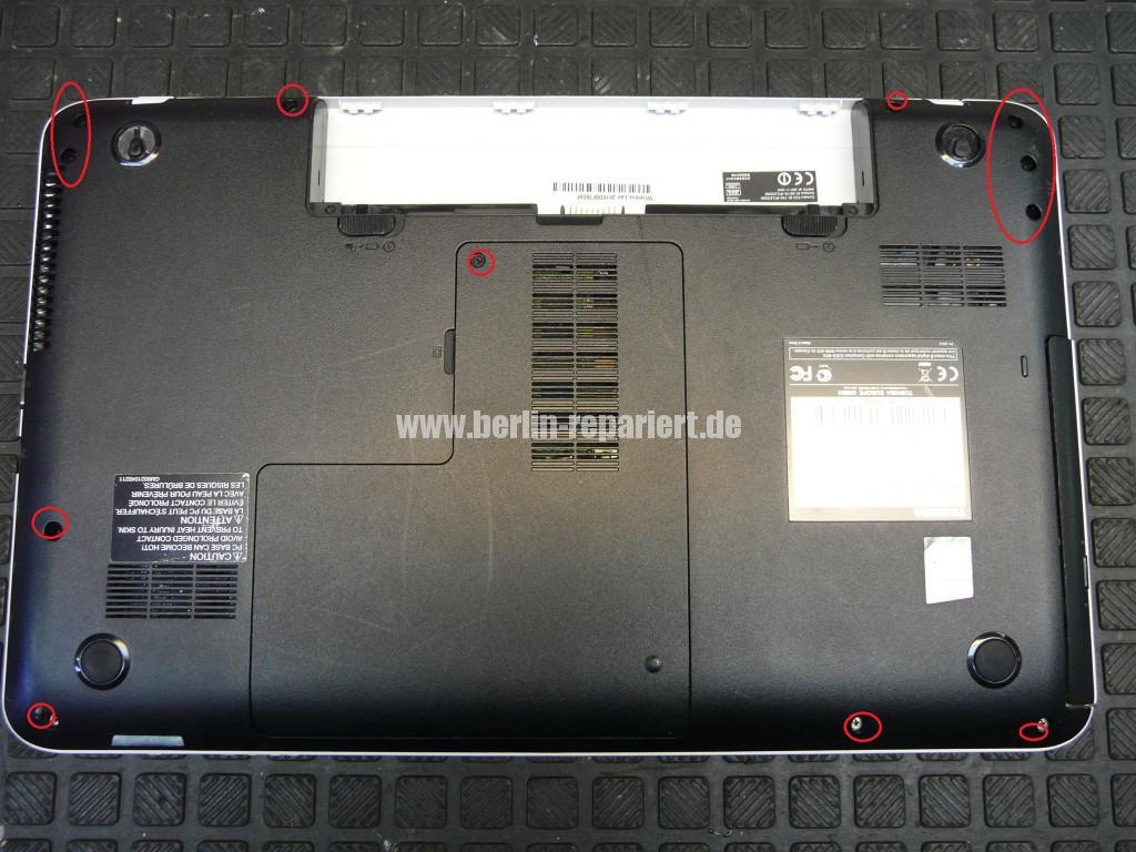 Toshiba Satellite C855, kein Bild, Scharniere, Display Deckel Defelt (2)