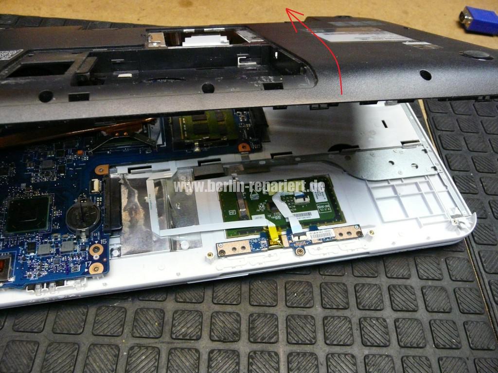 Toshiba Satellite C855, kein Bild, Scharniere, Display Deckel Defelt (6)
