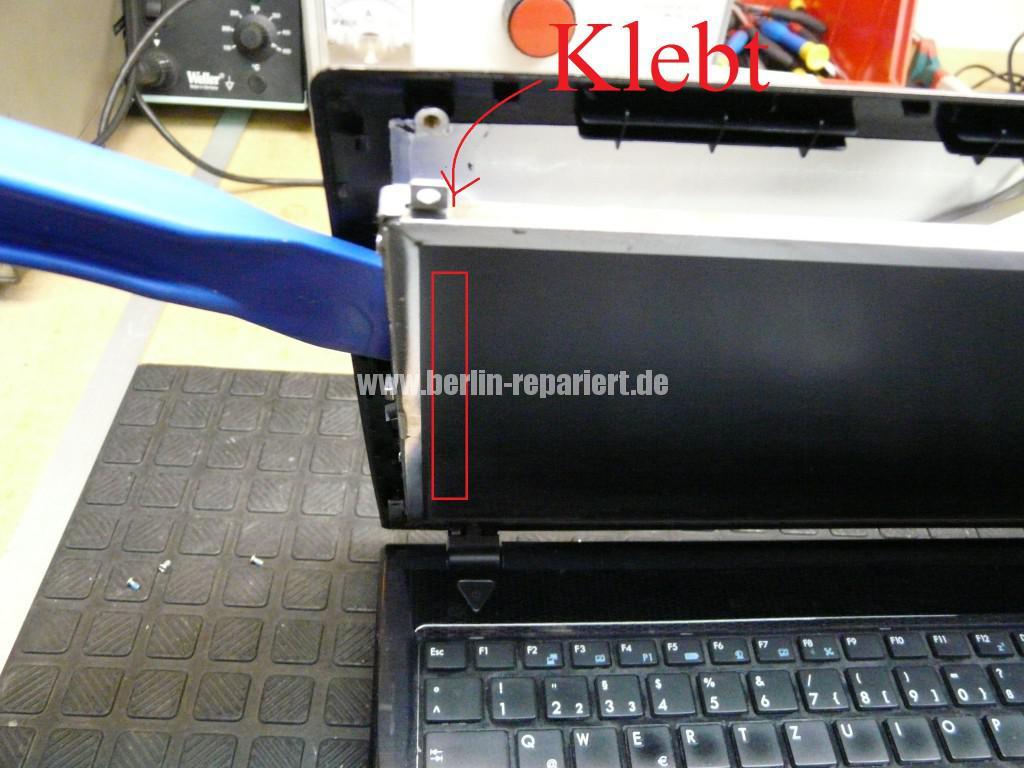 Medion Akoya P6512, Display Defekt (5)