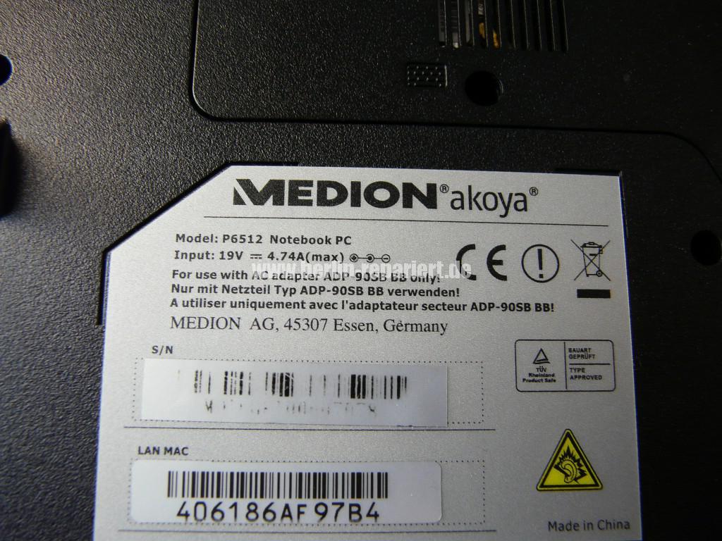 Medion Akoya P6512, Display Defekt (9)