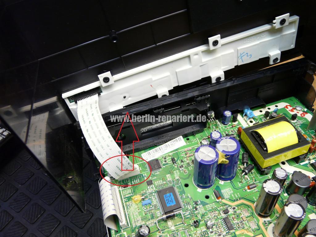 Samsung MM-D530D, geht schwer an, DVD kommt nicht mehr raus (3)