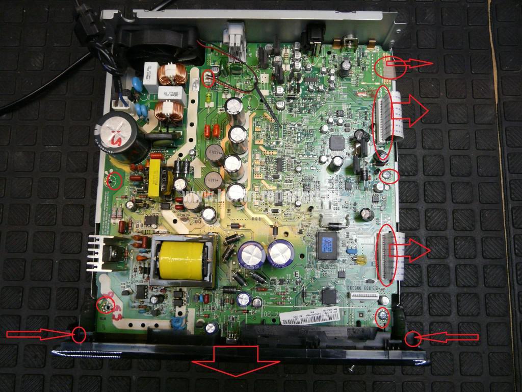 Samsung MM-D530D, geht schwer an, DVD kommt nicht mehr raus (4)