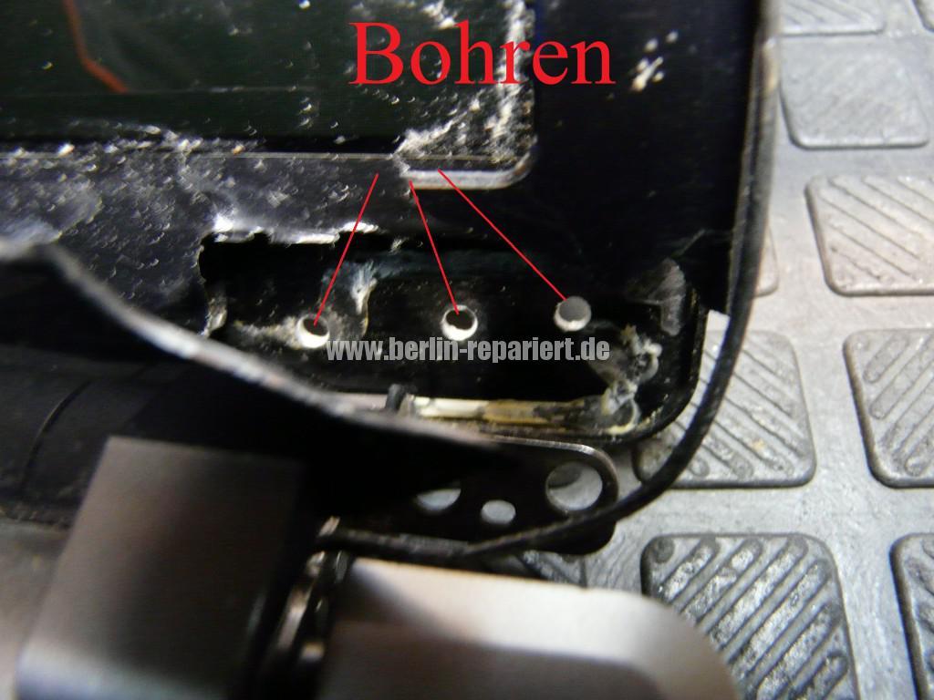 Scahrniere Reparieren ACER Aspire 5820 (5)
