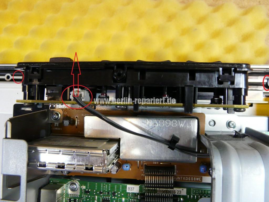 Sharp LC32RA1E, schaltet sich selbst ab, geht nicht an (4)