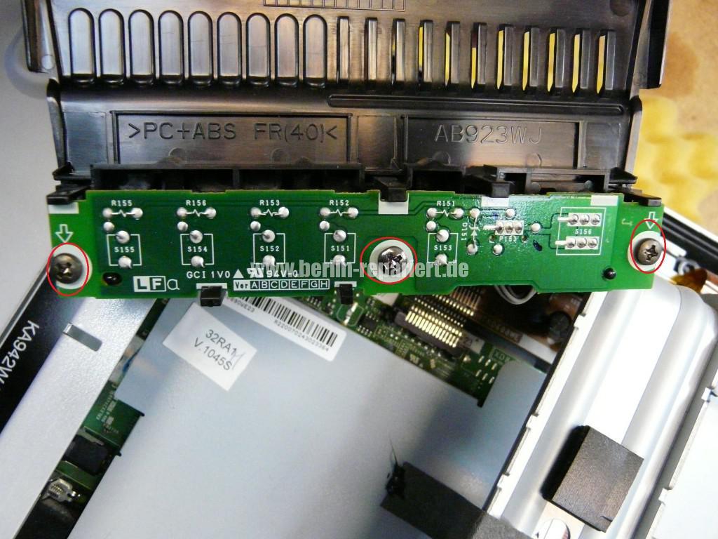 Sharp LC32RA1E, schaltet sich selbst ab, geht nicht an (5)