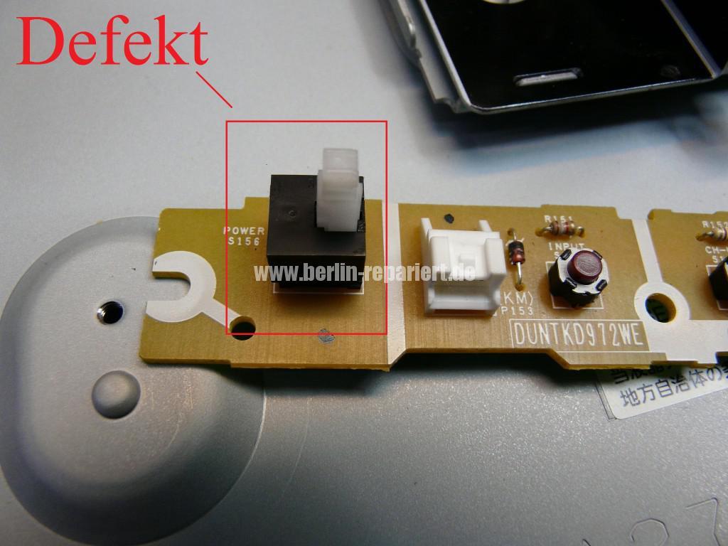 Sharp LC32RA1E, schaltet sich selbst ab, geht nicht an (6)