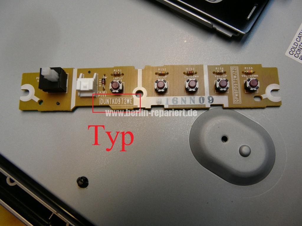 Sharp LC32RA1E, schaltet sich selbst ab, geht nicht an (7)