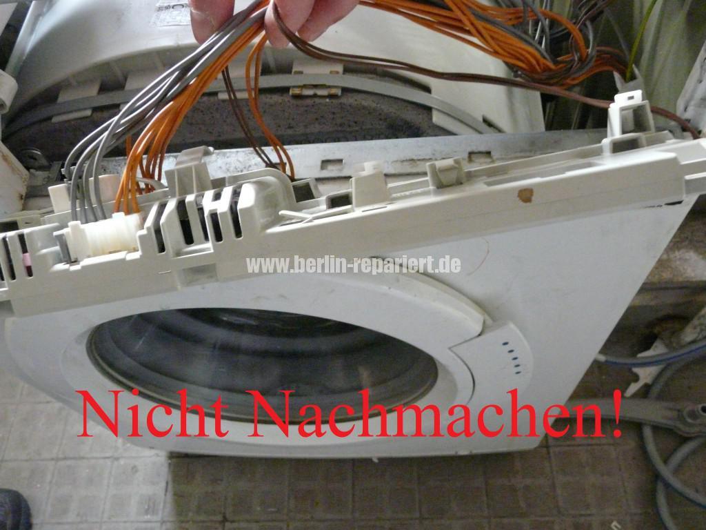 Siemens Siwamat XLM 147F, Motor dreht kurz, AKO 576742-03 Reparieren (4)