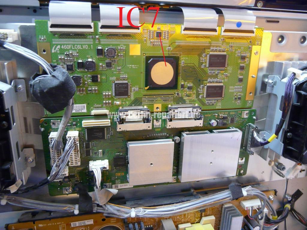 Sony KDL46X4500, Streifen in Bild (15)