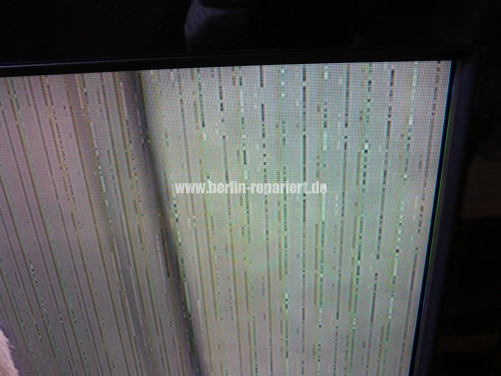 Sony KDL46X4500, Streifen in Bild (2)