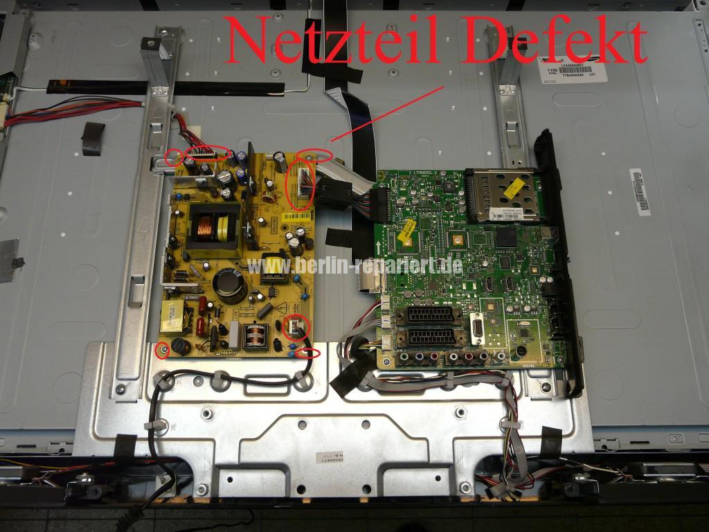 Telefunken T40R906, keine Funktion, Netzteil Defekt (3)
