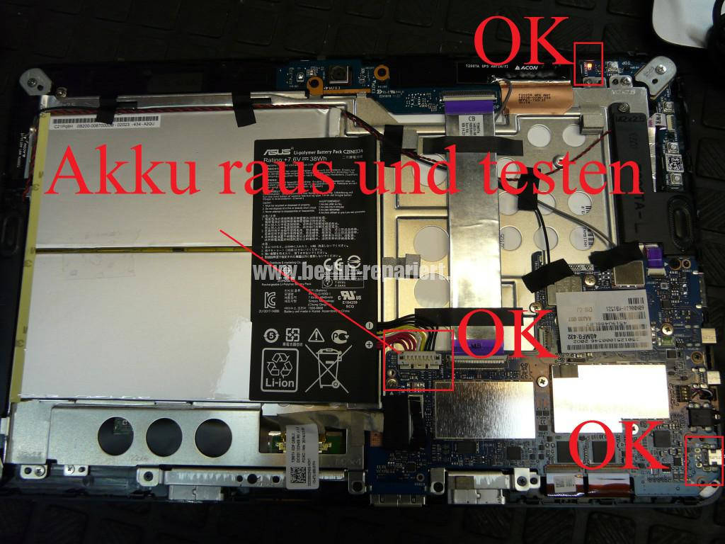 ASUS T200TA, zeigt Akku leer, geht nicht an (10)