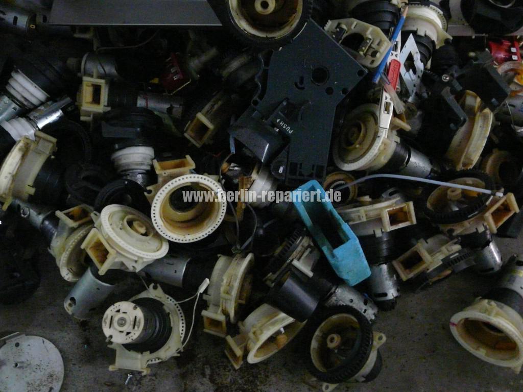 Elektroschrott Kaffeevollautomaten (1)