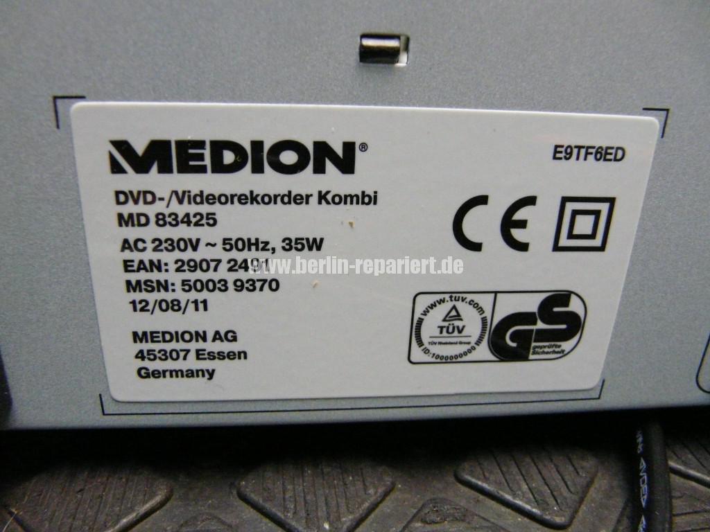 Medion MD83425, geht An und sofort wieder Aus (16)