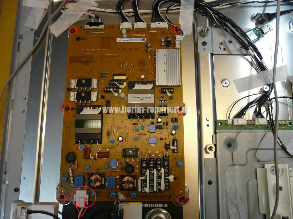 Philips 37PFL9606K02, geht an Logo kommt dann geht aus (4)